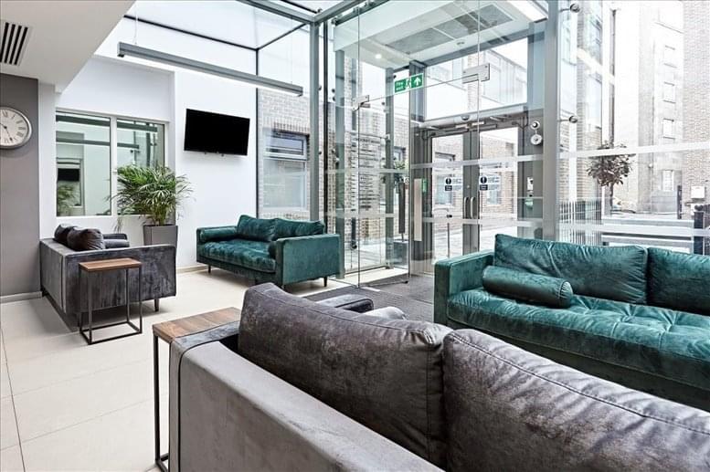 Rent Bishopsgate Office Space on Longcroft House, 2-8 Victoria Avenue, Liverpool St