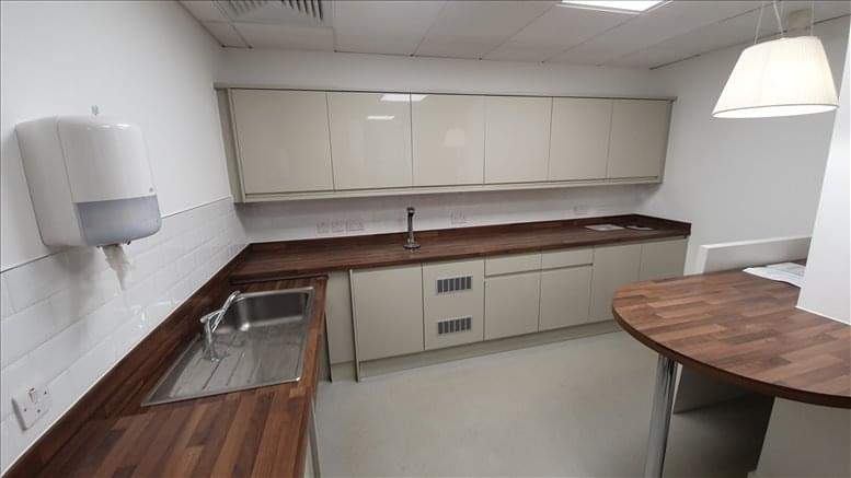 Office for Rent on 33 Creechurch Lane Aldgate