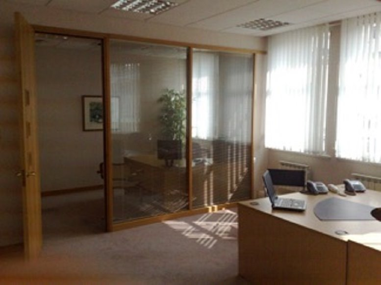 33-35 Piccadilly Office for Rent St James's Park